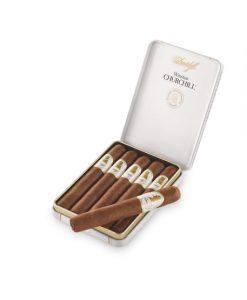 Davidoff Winston Churchill Petit Panetella - The Raconteur Cigar