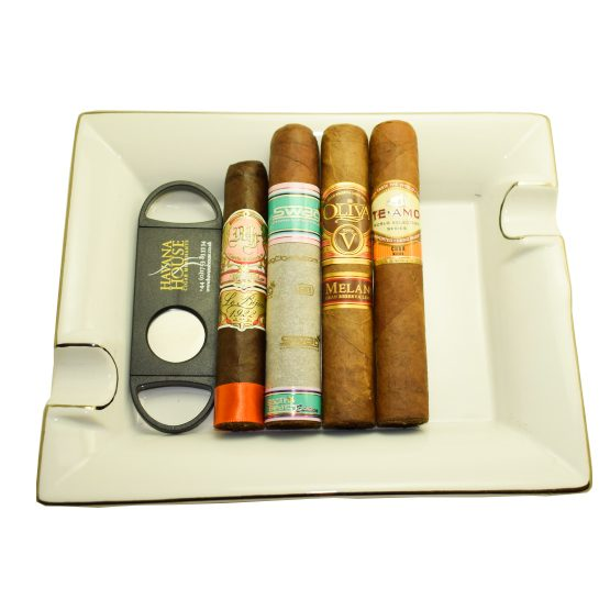 The Porcelain Robusto Selection