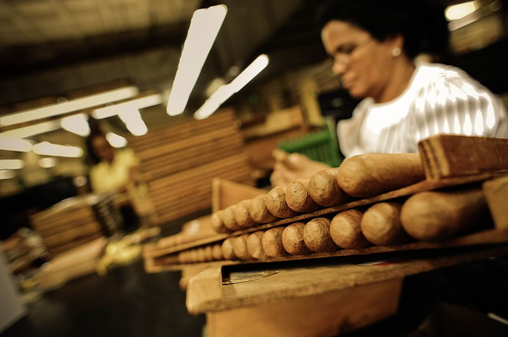 CIgars being rolled in Cuba