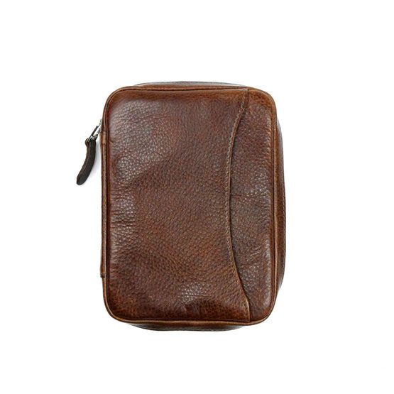 Peter James Castano Leather Robusto Cigar Aficionado Case