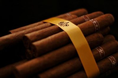 A cigar bundle available at Havana House