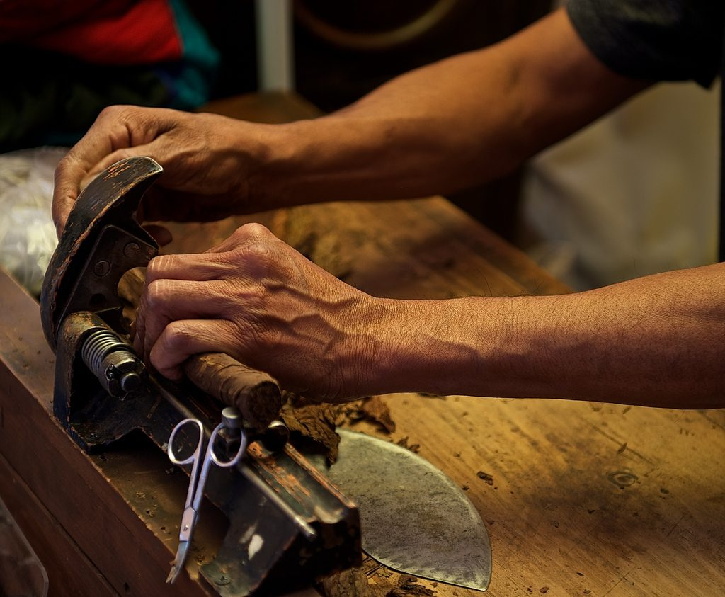 handmade cigar Archives | Havana House