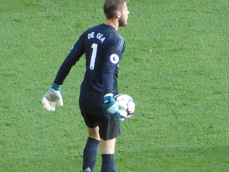 David de Gea with the ball in his hand