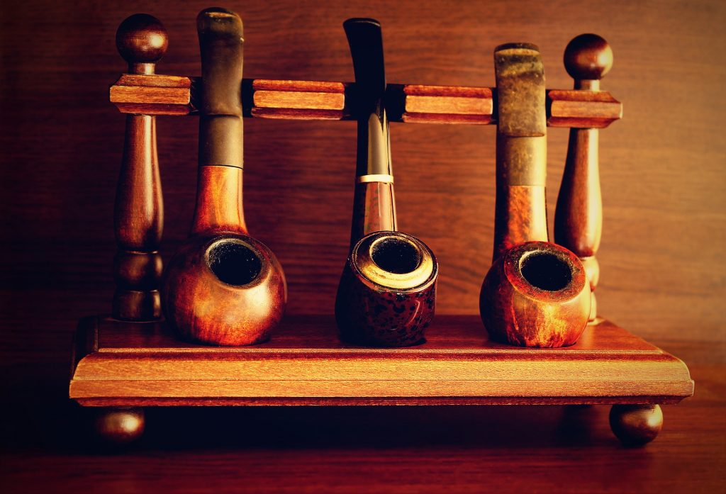 Briar tobacco pipes