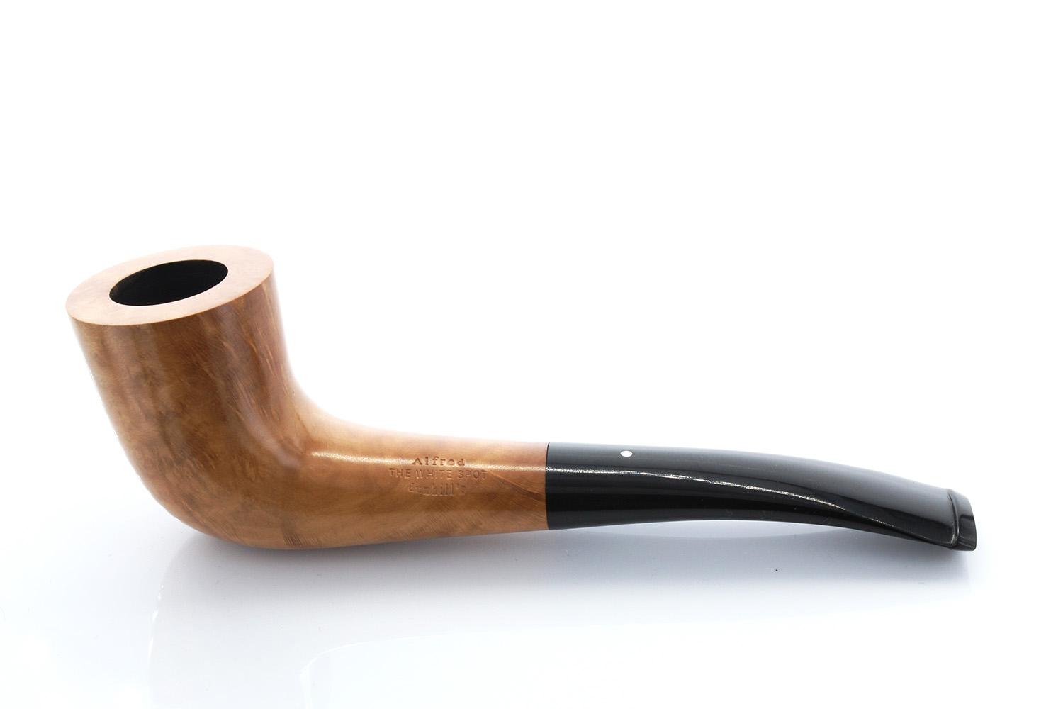 White Spot Root Briar Pipe - 3421 Made by Alfred Dunhill