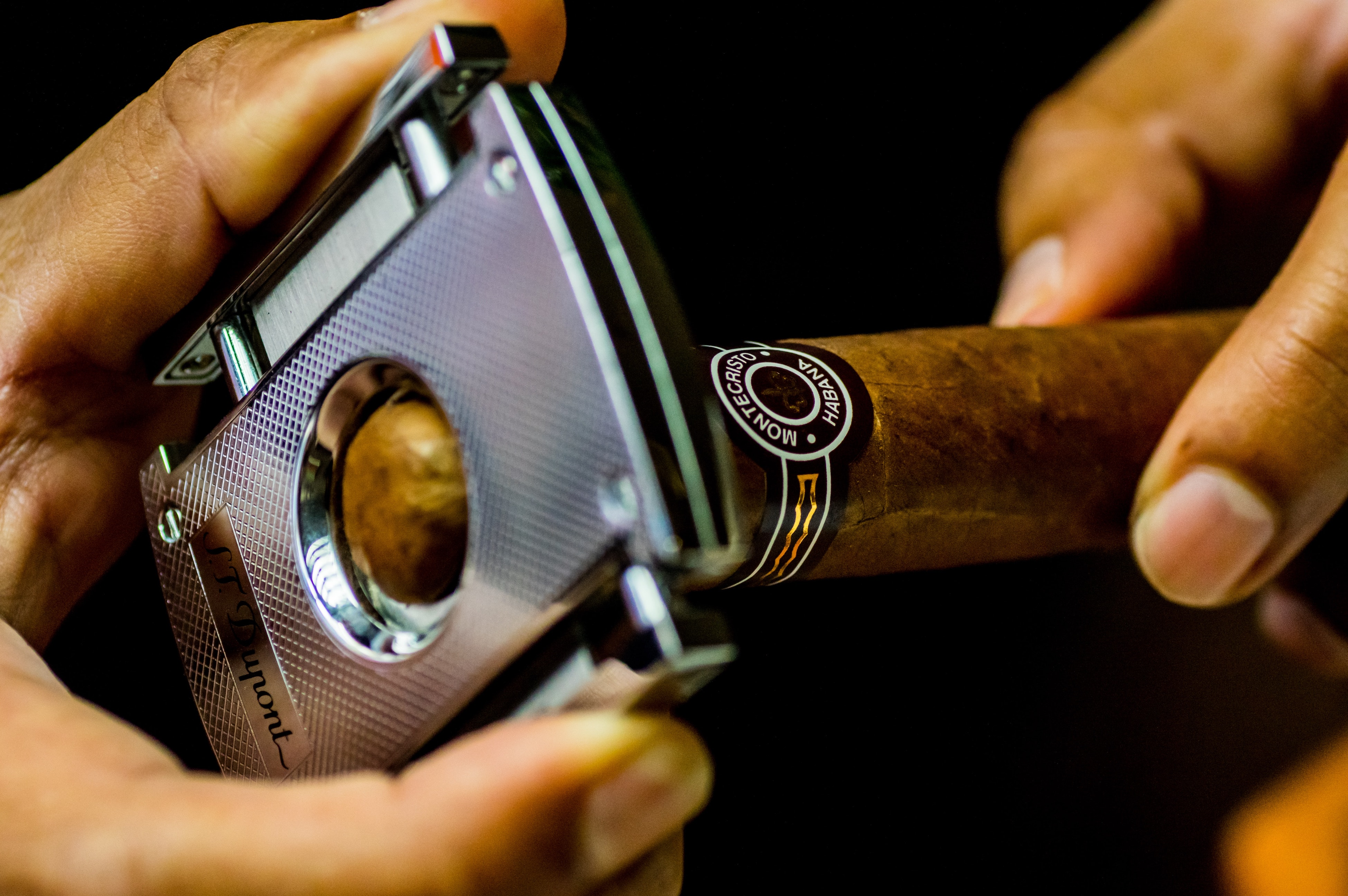 A cigar being clipped