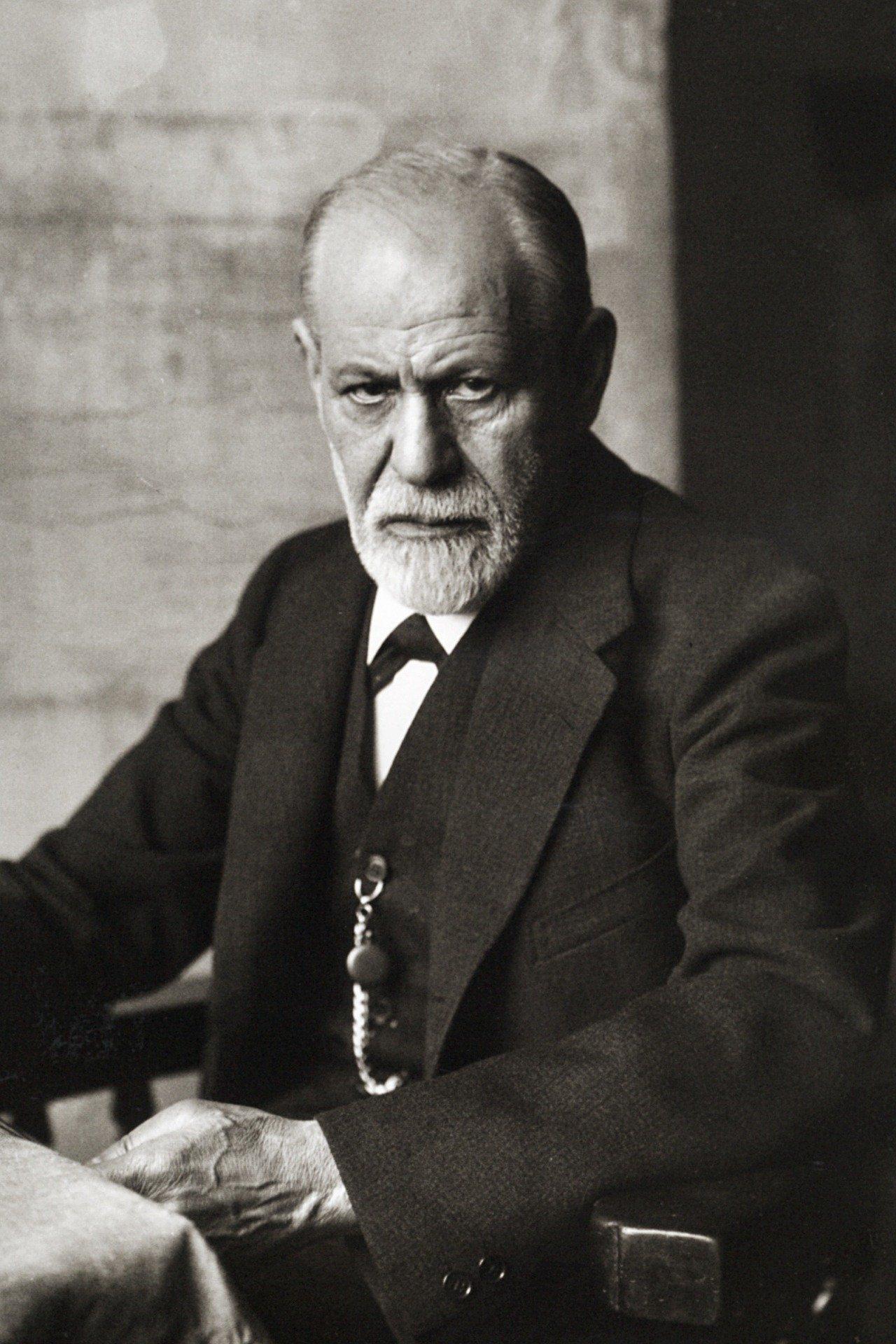 Sigmund Freud sat in a chair